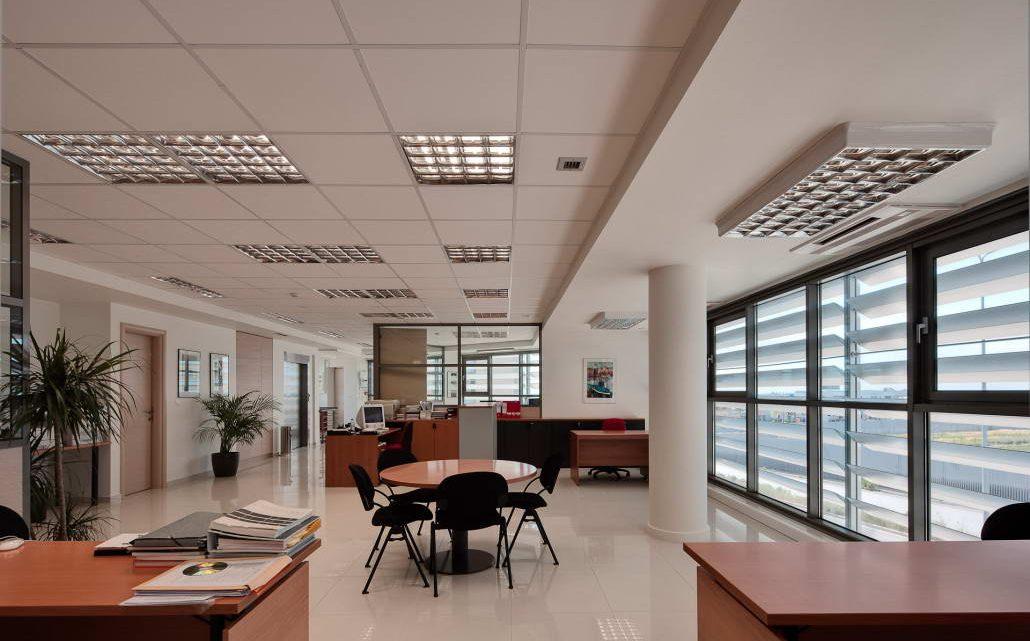 Светильники, встраиваемые в потолки типа «Армстронг»