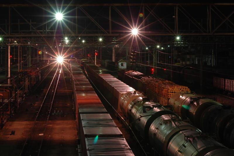 Освещение железнодорожных вокзалов и станционных зданий (построек)