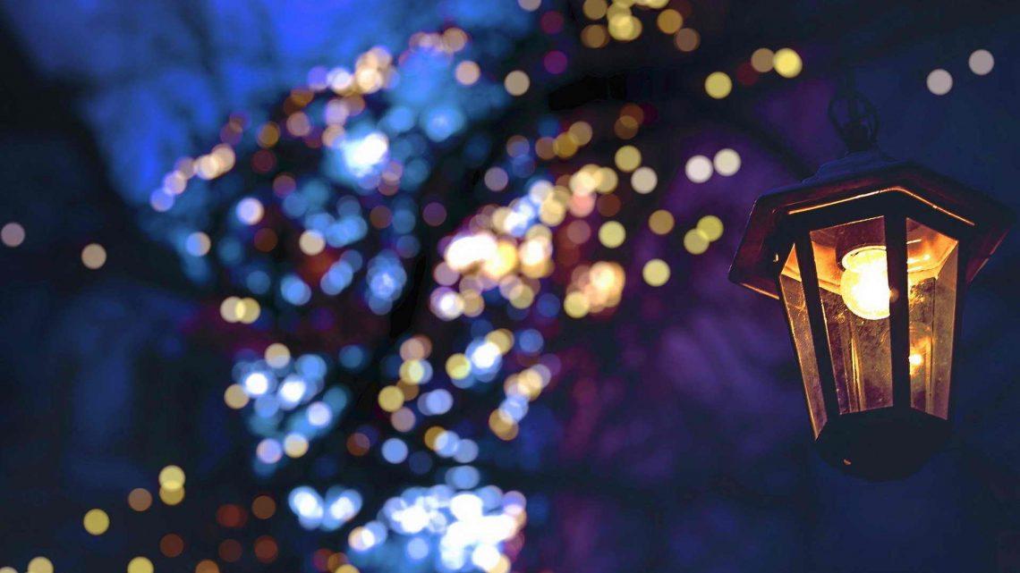 Готовь сани летом, а новогоднюю подсветку в октябре?